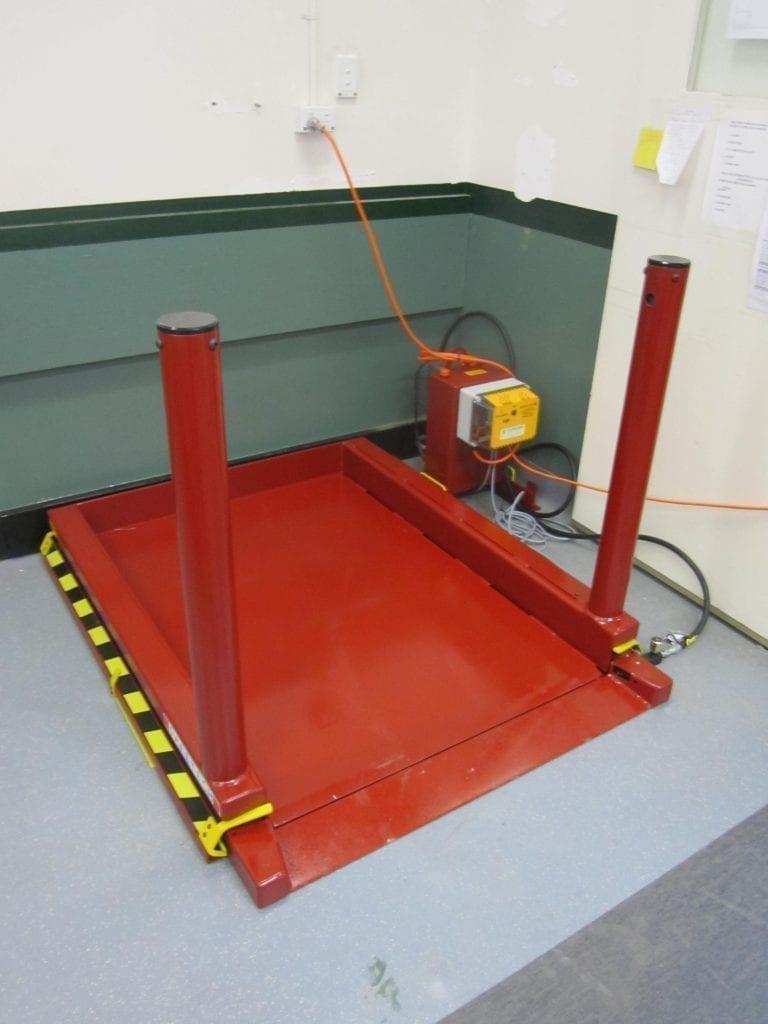 Lo Lift Scissor Platform Materials Handling