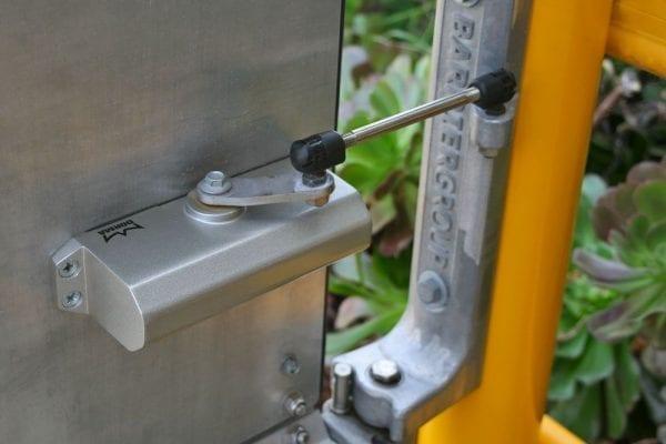 Ball Fence Swing Gate Mechanism