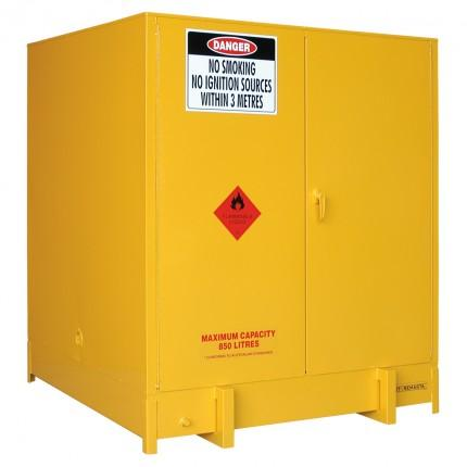 DPS1000 Heavy Duty Dangerous Goods Storage Cabinets closed