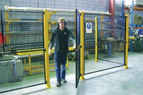 De-Fence Swing Gates