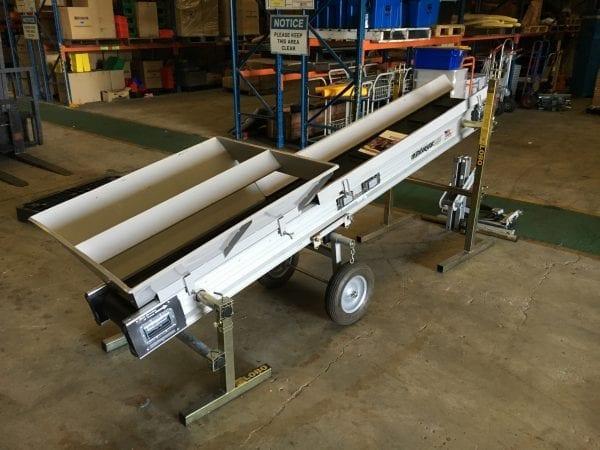 (c) Materials Handling Pty Ltd - Miniconveyor