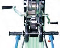Manual winch operation
