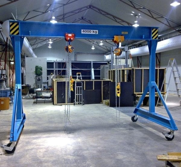 Mobile gantry crane 4