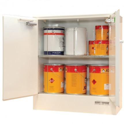 SC1606 Indoor Dangerous Goods Storage Cabinets open