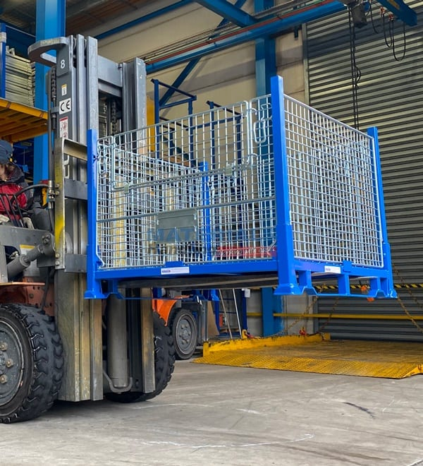 SMMC01 Collapsible Stillage Cage Forklift