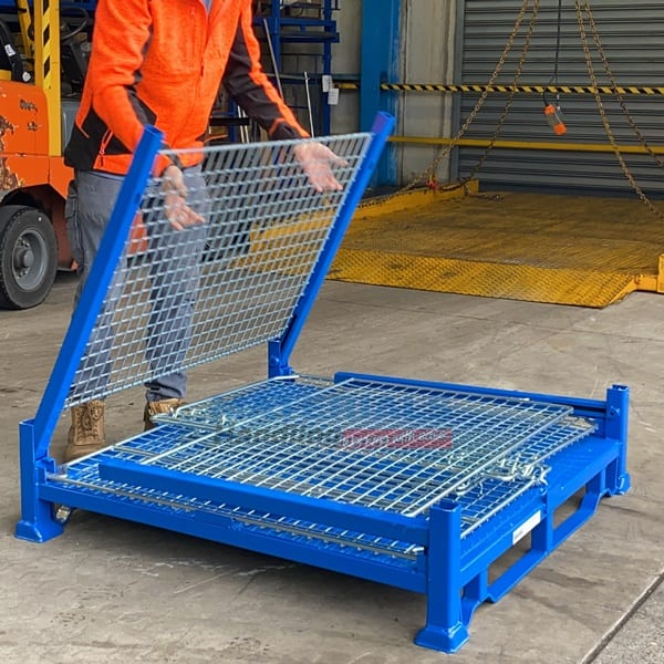SMMC01 Collapsible Stillage Cage folding down